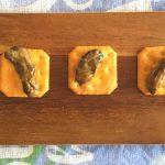 カルディ「燻製牡蠣のオイル漬け」缶詰 クラッカーやアヒージョで贅沢気分♪