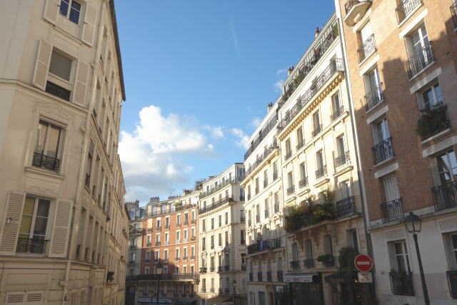 リサとガスパールの舞台・パリ