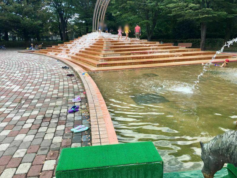 大泉中央公園 じゃぶじゃぶ池の噴水
