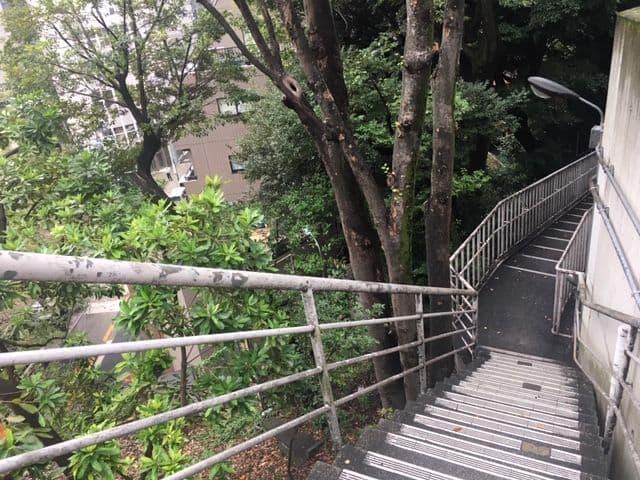 愛宕神社 神保町方面の階段