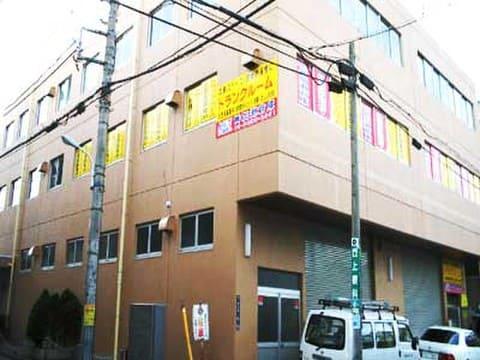 加瀬のレンタルボックス板橋区中丸町店