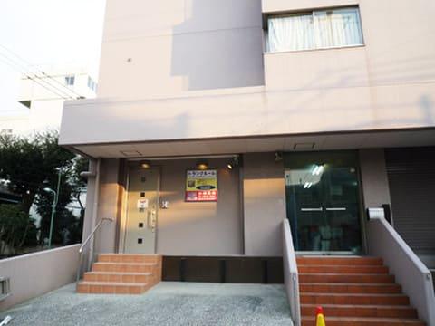 加瀬のトランクルーム品川区南品川店